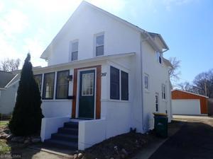 207 N Sverdrup Avenue Jackson, Mn 56143