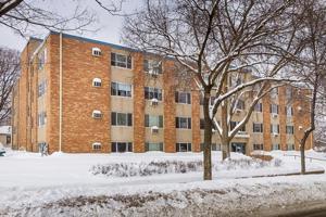 4400 Upton Avenue S Unit 207 Minneapolis, Mn 55410