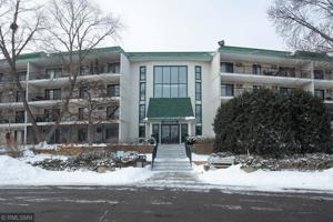 10501 Cedar Lake Road Unit 404 Minnetonka, Mn 55305