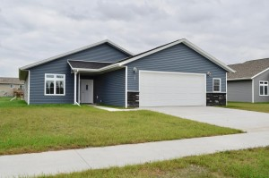 305 Brussels Court Marshall, Mn 56258