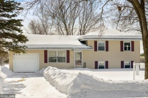 2408 106th Avenue Nw Coon Rapids, Mn 55433
