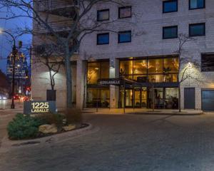 1225 Lasalle Avenue Unit 907 Minneapolis, Mn 55403