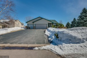 14319 Wintergreen Street Nw Andover, Mn 55304