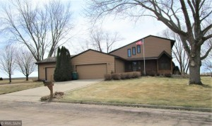 206 Coventry Road Le Sueur, Mn 56058