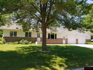 402 Inverness St. Peter, Mn 56082
