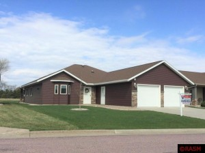 702 Dover Court St. Peter, Mn 56082